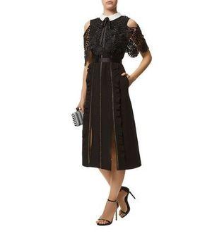 芸能人が斉木楠雄のΨ難で着用した衣装ドレス