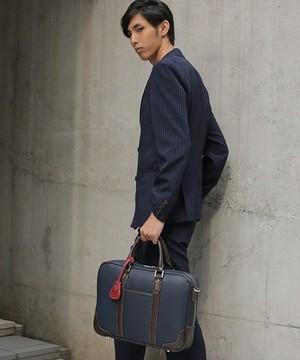 芸能人が不能犯で着用した衣装ビジネスバッグ