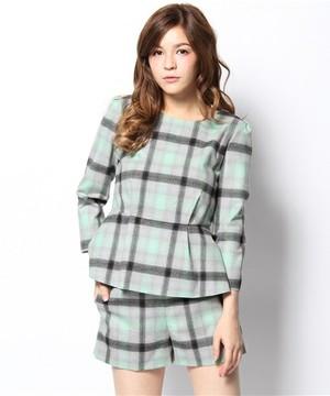 芸能人がテンションMAXハイ&ローで着用した衣装スカート・ワンピース