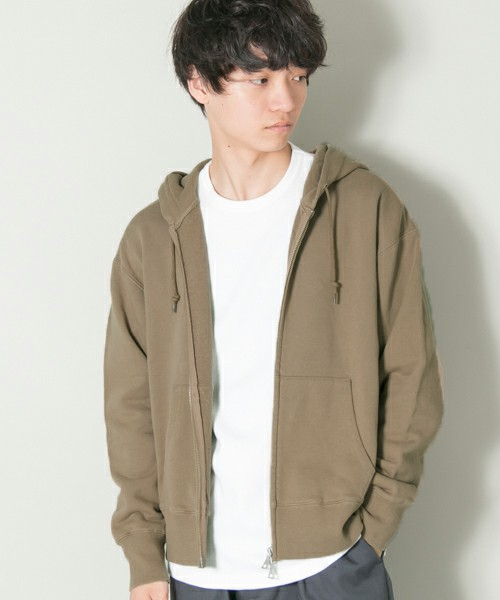 URBAN RESEARCHのvintage fitスウェットzipパーカー