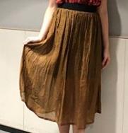 芸能人が櫻井・有吉THE夜会で着用した衣装カットソー、スカート