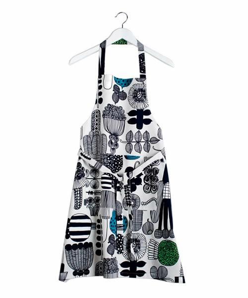 芸能人がヒルナンデス!で着用した衣装キッチン用品
