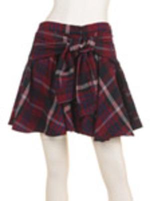 芸能人がディア・シスターで着用した衣装スカート