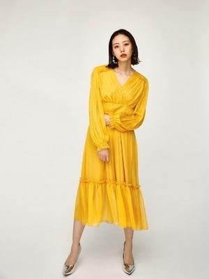 芸能人南さやか・アラサー女子がラブリランで着用した衣装ワンピース