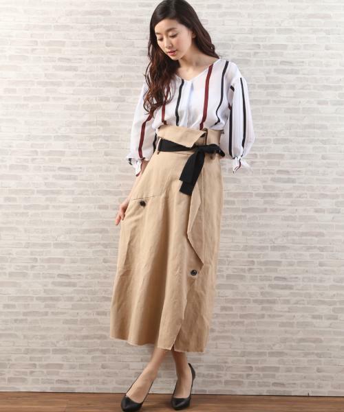 INEDのスカート