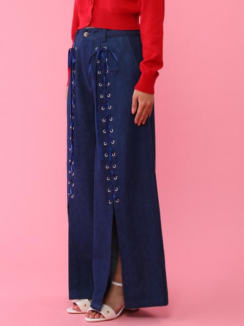 芸能人が有吉弘行のダレトク!?で着用した衣装ブラウス、パンツ