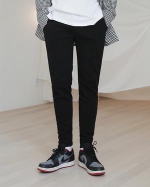 芸能人がMissデビル 人事の悪魔・椿眞子で着用した衣装パンツ