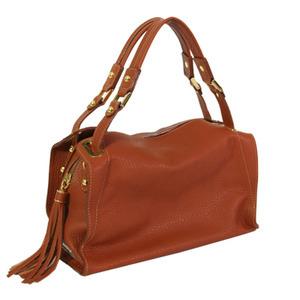 芸能人がMIRACLE デビクロくんの恋と魔法で着用した衣装バッグ