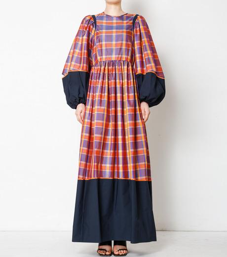 芸能人がPON!で着用した衣装ワンピース