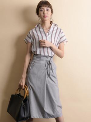 芸能人がブラックペアンで着用した衣装スカート