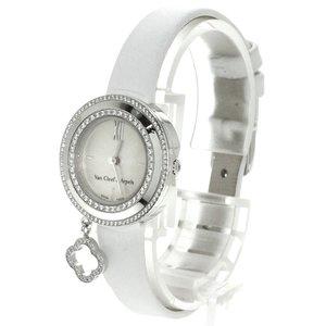 芸能人がブラックペアンで着用した衣装時計
