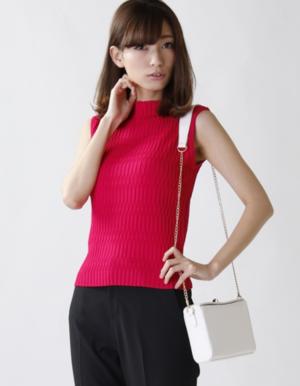 芸能人がSUPER GT +で着用した衣装ニット/セーター