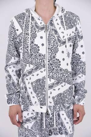 芸能人神楽木晴・英徳学園C5リーダーが花のち晴れ~花男 Next Season~で着用した衣装パーカー