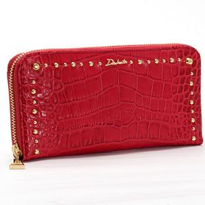 芸能人が黒服物語で着用した衣装財布