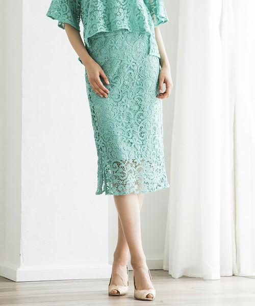 芸能人が行列のできる法律相談所で着用した衣装ブラウス、スカート
