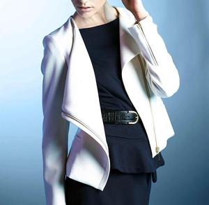 芸能人美濃部ミカ・美のカリスマ(第8話ゲスト)がコンフィデンスマンJPで着用した衣装ライダースジャケット