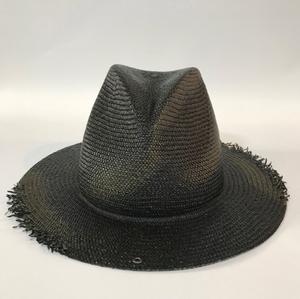 芸能人が正義のセで着用した衣装帽子