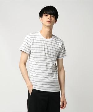 芸能人佐藤秀明・パパがあなたには帰る家があるで着用した衣装Tシャツ
