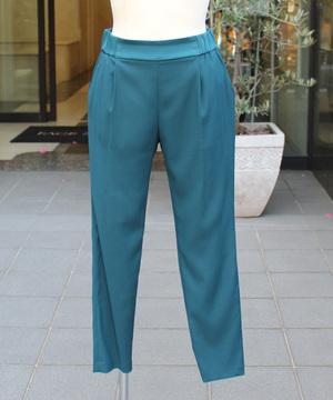 芸能人青山瑞希・イラストレーターがラブリランで着用した衣装パンツ