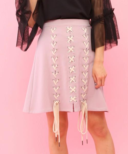 芸能人がヒルナンデス!で着用した衣装ブラウス、スカート