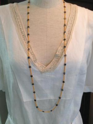 芸能人が榎田貿易堂で着用した衣装ジュエリー