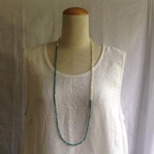 芸能人が榎田貿易堂で着用した衣装ネックレス