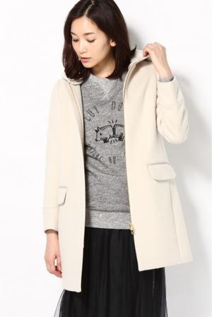 芸能人がスズキ ソリオ CMで着用した衣装コート