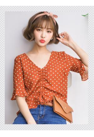 芸能人がand GIRL 8月号で着用した衣装シャツ/ブラウス