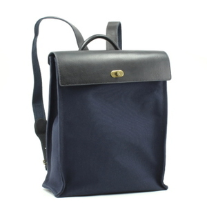 芸能人が健康で文化的な最低限度の生活で着用した衣装バッグ