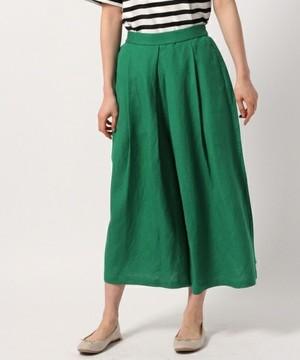 芸能人が健康で文化的な最低限度の生活で着用した衣装パンツ