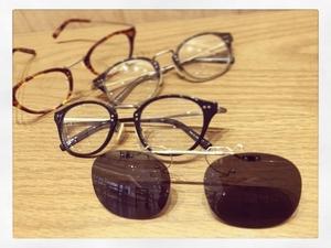 芸能人半田明伸・えみるの指導係が健康で文化的な最低限度の生活で着用した衣装メガネ
