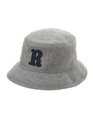 芸能人がディア・シスターで着用した衣装帽子