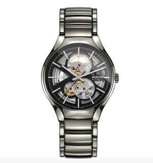 芸能人柏木祐一・広告代理店勤務がサバイバル・ウェディングで着用した衣装時計