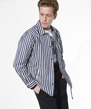 芸能人編集部のバイトくんがサバイバル・ウェディングで着用した衣装ジャケット