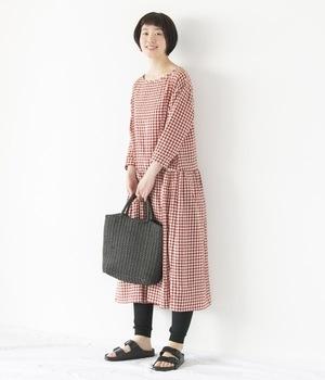芸能人蓮実琴・日舞の家元の娘がチア☆ダンで着用した衣装ワンピース