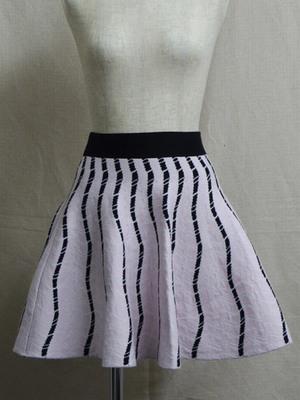 BLONDY ReLISHの幾何学ジャガードスカート