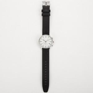 芸能人半田明伸・えみるの指導係が健康で文化的な最低限度の生活で着用した衣装時計