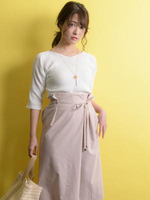 芸能人がめざまし土曜日で着用した衣装スカート