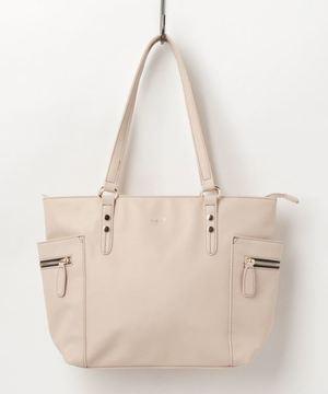 芸能人山崎未夏・一華の友達で女子大生が探偵が早すぎるで着用した衣装バッグ
