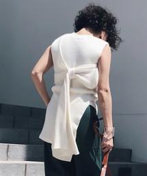 芸能人がテラスハウス OPENING NEW DOORSで着用した衣装パンツ、ニット