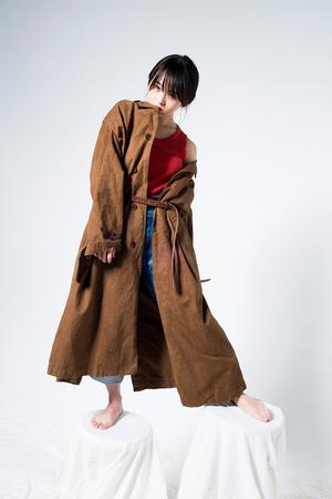 芸能人がTwitterで着用した衣装コート