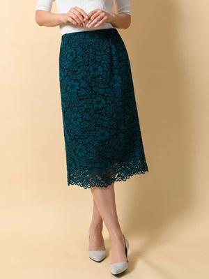 芸能人がワールドビジネスサテライトで着用した衣装スカート
