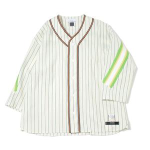 芸能人がソナーポケット で着用した衣装シャツ/ジャケット/パンツ