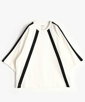 芸能人がHey! Say! JUMPで着用した衣装Tシャツ・カットソー