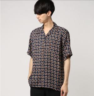 芸能人中島鉄男・編集部員で独身オシャレ男子がサバイバル・ウェディングで着用した衣装シャツ