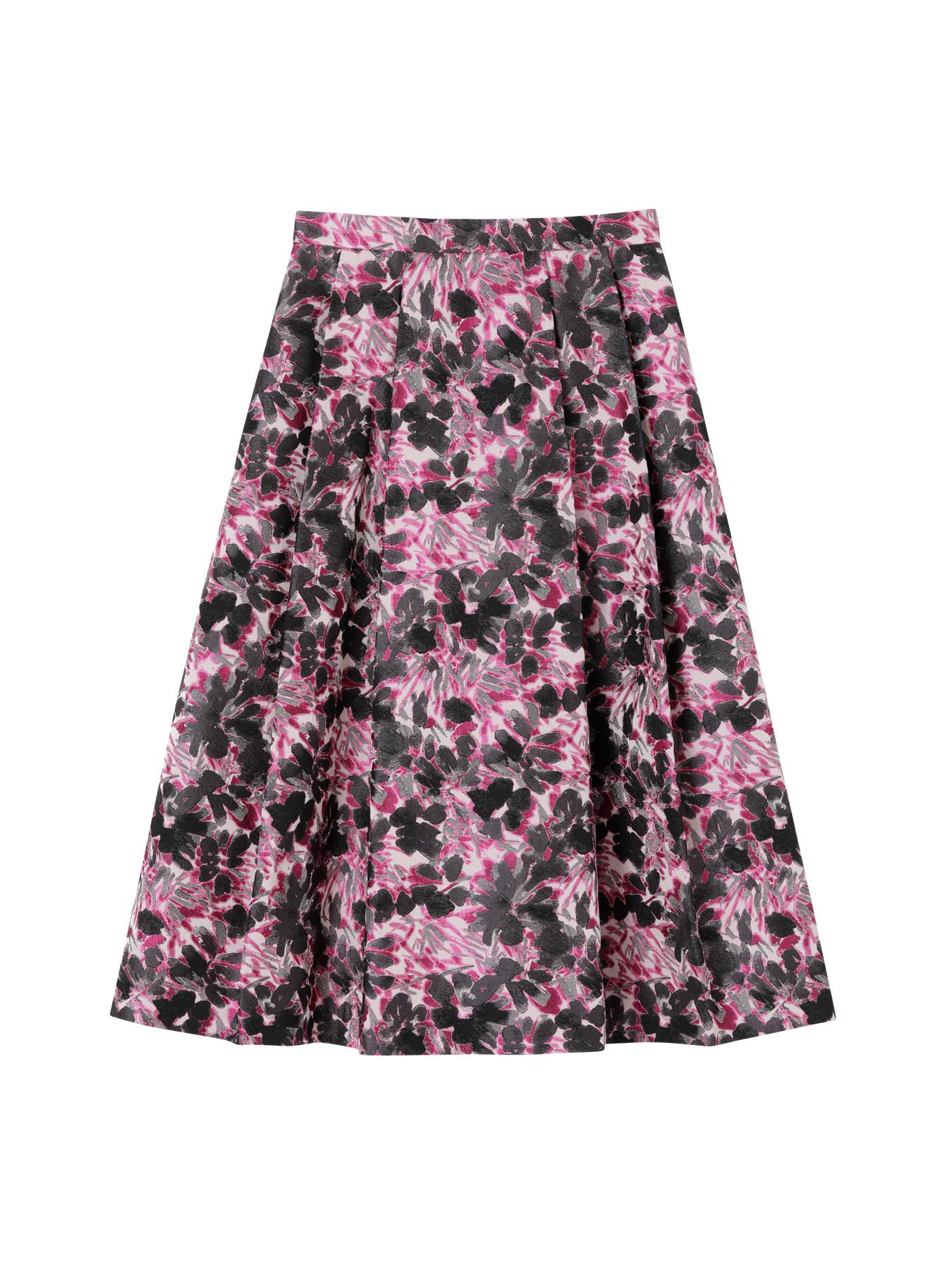 芸能人がしゃべくり007×人生が変わる1分間の深イイ話 合体SPで着用した衣装スカート