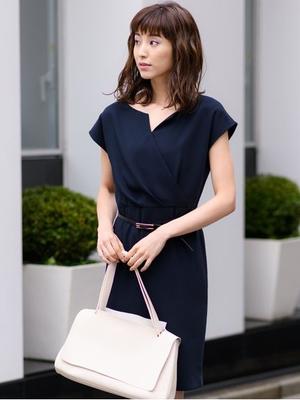 芸能人坂上舞・弁護士、圭司の姉がdele(ディーリー)で着用した衣装ワンピース