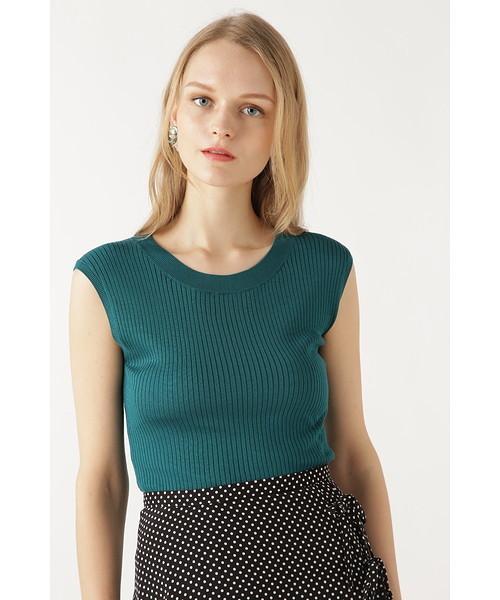 芸能人が行列のできる法律相談所で着用した衣装ワンピース、ニット