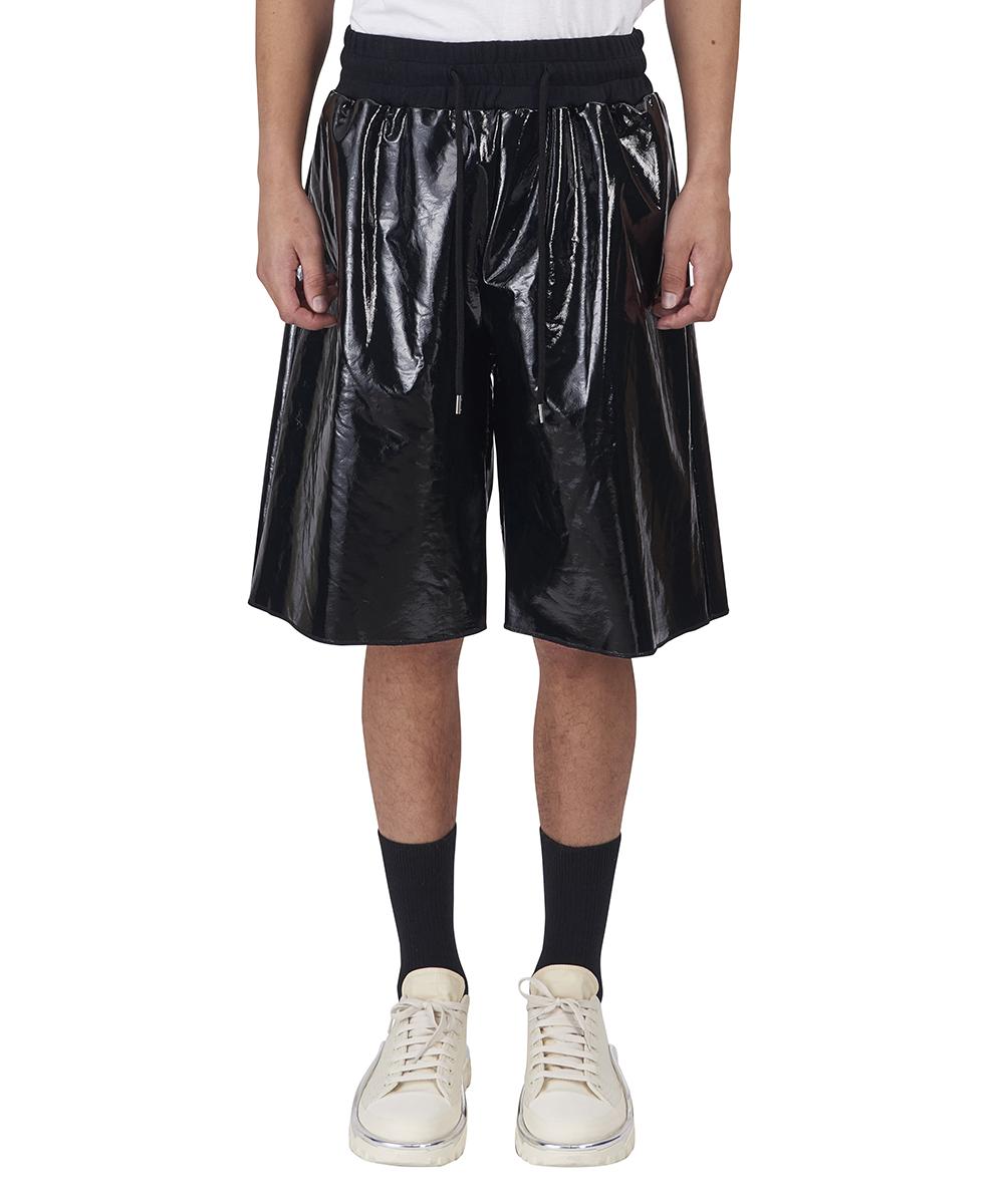 芸能人がヒルナンデス!で着用した衣装アウター、パンツ
