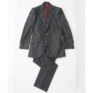 芸能人がイトーカンパニー動画チャンネルで着用した衣装スーツ